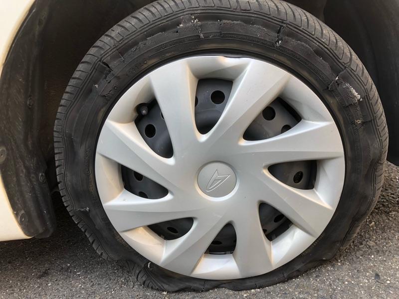 タイヤ交換をしないと危険です